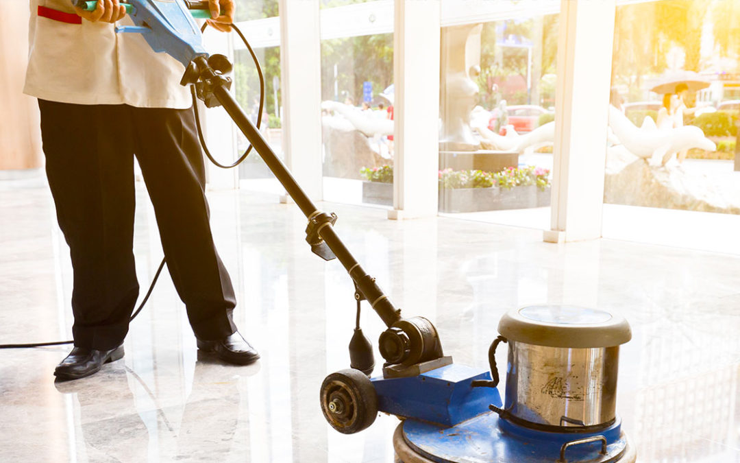 Quali sono i prodotti migliori per la pulizia dei pavimenti esterni?